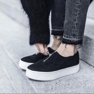 VINCE Luxe Zip-up Platform Warren Sneakers